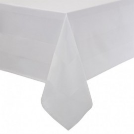 Nappe blanche bande de satin Mitre Luxury 1370 x 2280mm